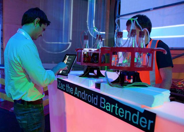 izac-andoird-bartender.jpg